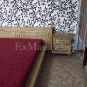 Двуспальная кровать из дерева боковая часть
