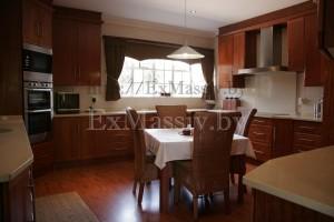 Деревянные кухни на заказ купить в Минске