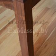 Кухонный стол из дерева нога