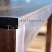 Кухонный стол из дерева торец