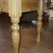 Ноги кухонного стола из сосны на заказ