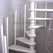 Сборка винтовой лестницы из дерева