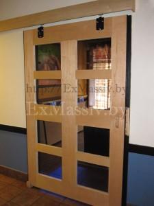 Раздвижные двери из массива ольхи