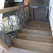 Облицовка бетонной лестницы дубом, изготовление ступеней
