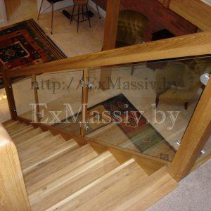 Лестница прямая деревянная
