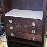 шкаф для вина из дерева