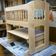 детская кроватка из дерева фото