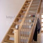 Перила для лестницы из дуба на заказ