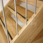 Балясины для лестницы из массива дуба на заказ