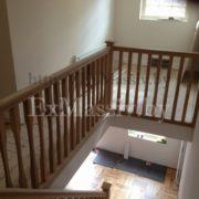 Балкон для лестницы из бука