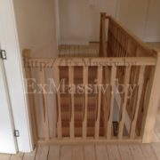 Столб для лестницы из массива бука