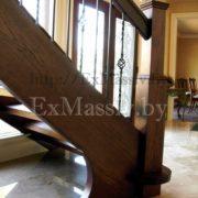 Столб для лестницы из бука
