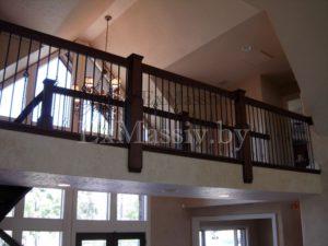 Балкон к лестнице из бука