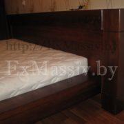 Двуспальная кровать из дуба изголовье