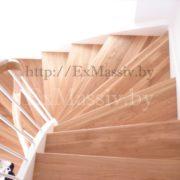 Изготовление лестниц на заказ из дерева