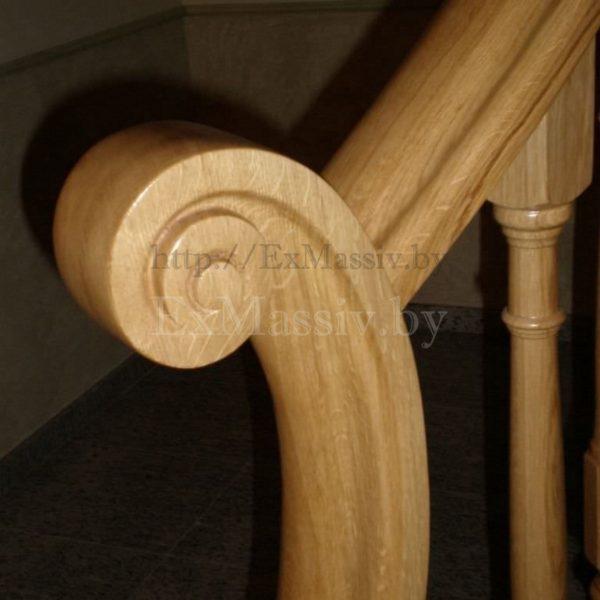 Резной столб для лестницы