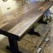 Обеденный стол из массива дерева из бука