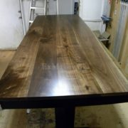 Обеденный стол из массива дерева в Минске