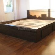 Заказать двуспальную кровать из массива дуба