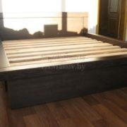 Заказать двуспальную кровать из массива в Минске