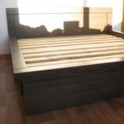 Заказать двуспальную кровать из массива люкс