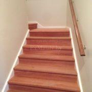 Отделка лестницы деревом фото