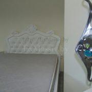 Кровать двуспальная из массива белая